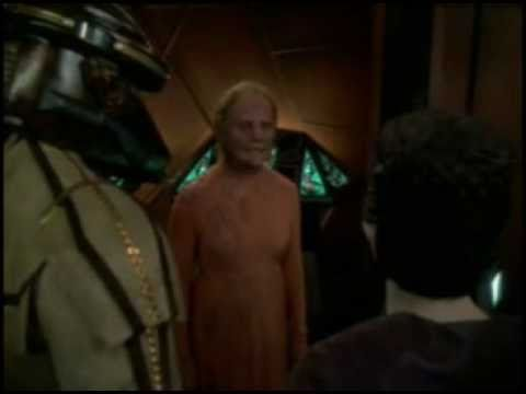 weyoun loses favor with the founder