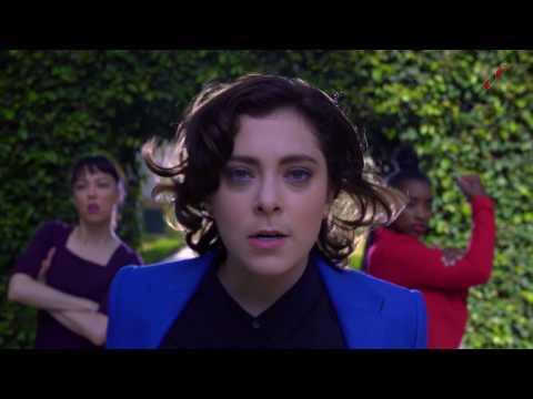 """""""Ladyboss"""" - Rachel Bloom"""