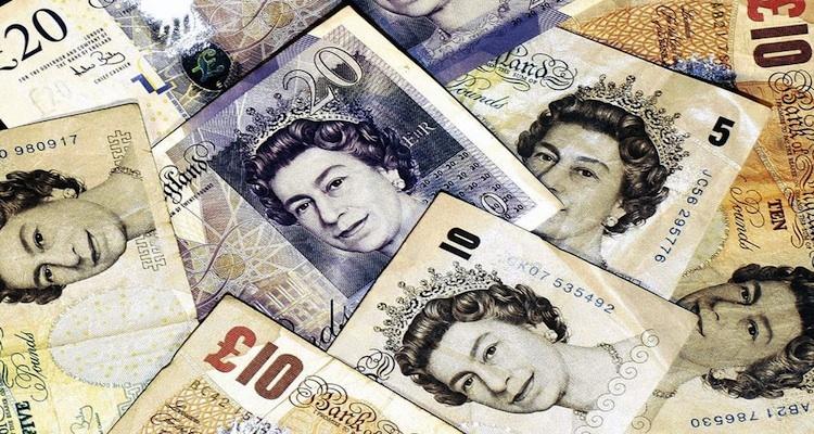 UK Screenwriters Earn - Money