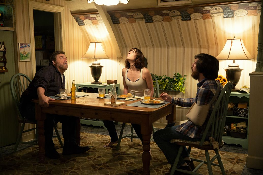 scope, stakes, scale, 10 Cloverfield Lane