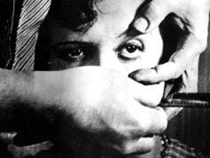Surrealist Film - Un Chien Andalou