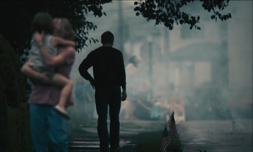 Dean leaves Cindy at the end of BLUE VALENTINE.
