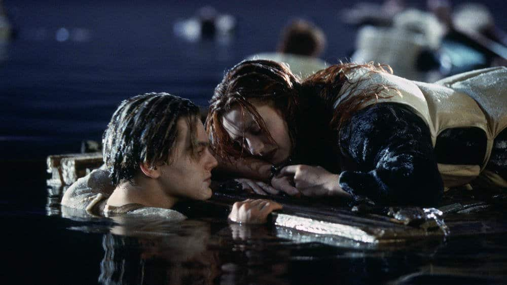 Jack and Rose struggle to stay afloat at the end of TITANIC